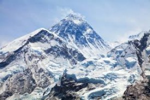 Nepal to measure Mount Everest next year to see if it lost height