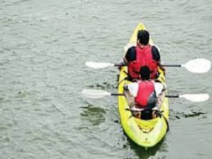 Paddle expedition aims to spread river protection message