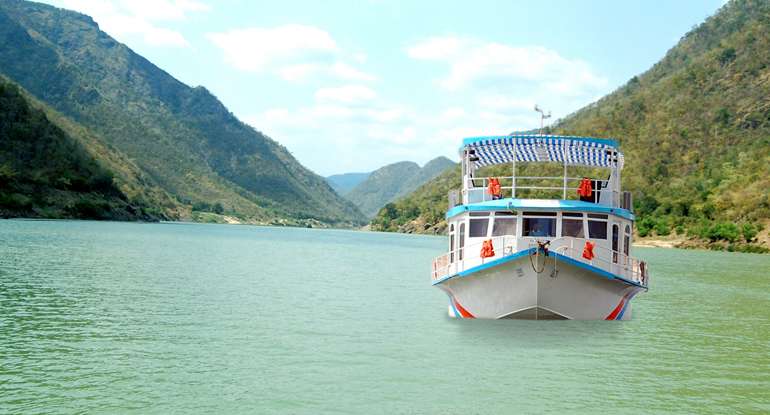 Boating at Papikondalu